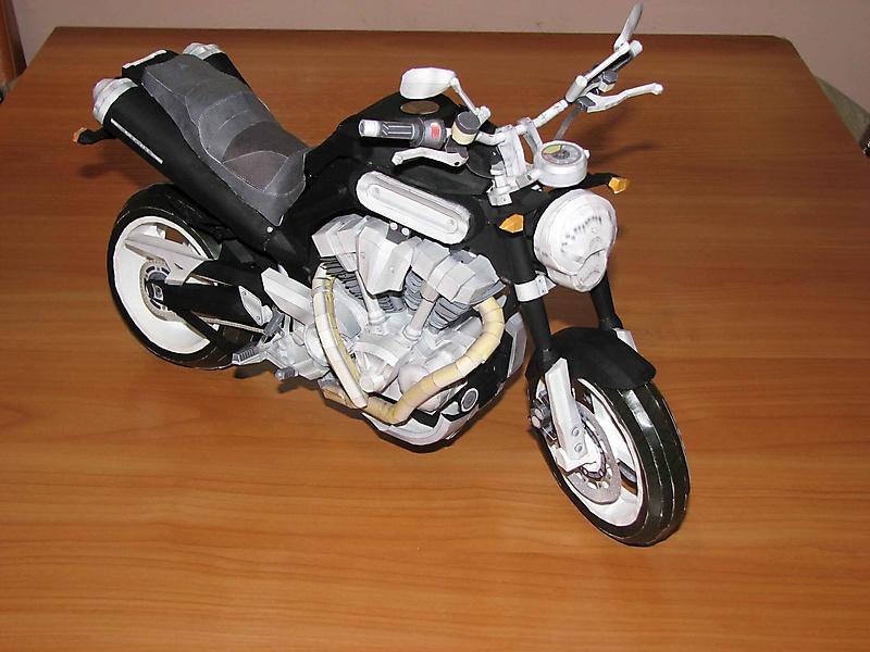 Yamaha MT-01_2