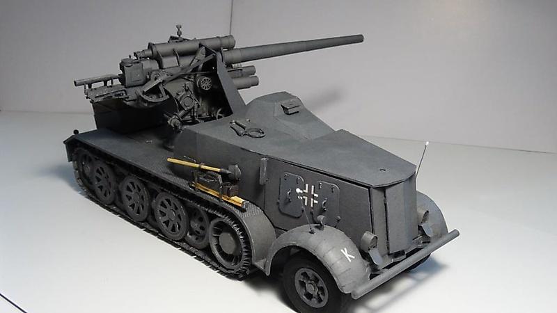 Selbstfahrlafette Sd.Kfz.8 mit Flak 18_7
